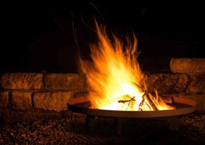 Anziehung pur – Feuerschalen bringen ein neues Erlebnis in ihren Garten